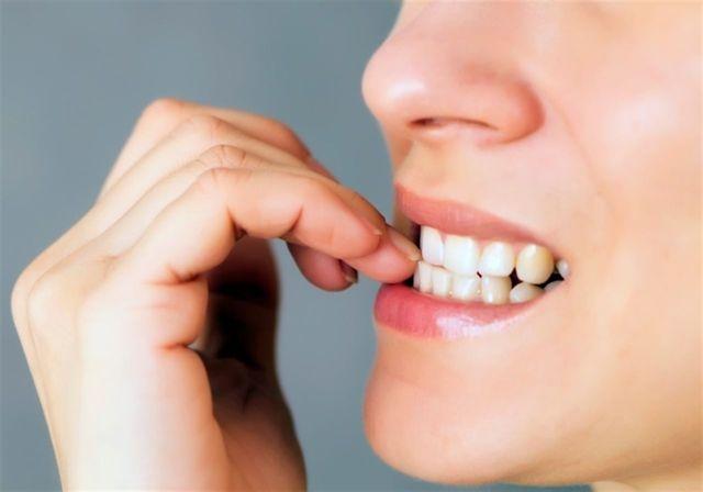 Как перестать грызть ногти или отучить от этого ребенка