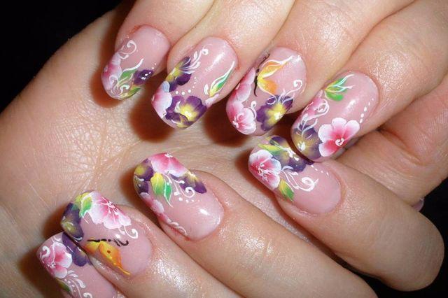 Маникюр цветочный френч