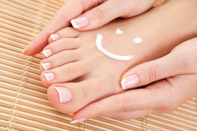 Размягчение ногтей на пальцах ног в домашних условиях