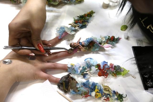 Маникюр шеллак 60 красивых фото дизайна ногтей видео шилак маниюкра_1