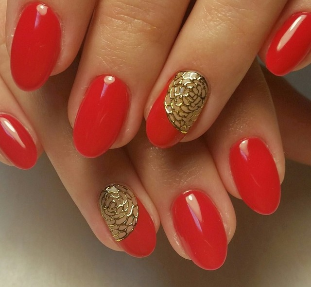 Слоятся, крошатся, ломаются ногти почему очень тонкие ногти, лечение, что делать в домашних условиях