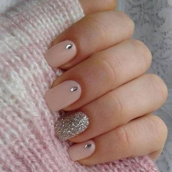 Как снять нарощенные ногти в домашних условиях